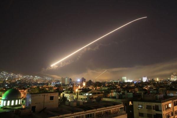 حمله موشکی اسرائیل به سوریه/انبار گمرک فرودگاه دمشق هدف قرار گرفت