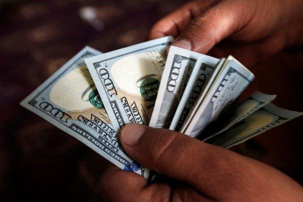 احیای وزارت بازرگانی به موازات واردات ارزان وضع بازار را بدتر میکند