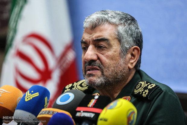 دستور فرمانده کل سپاه برای امدادرسانی به سیلزدگان خوزستان
