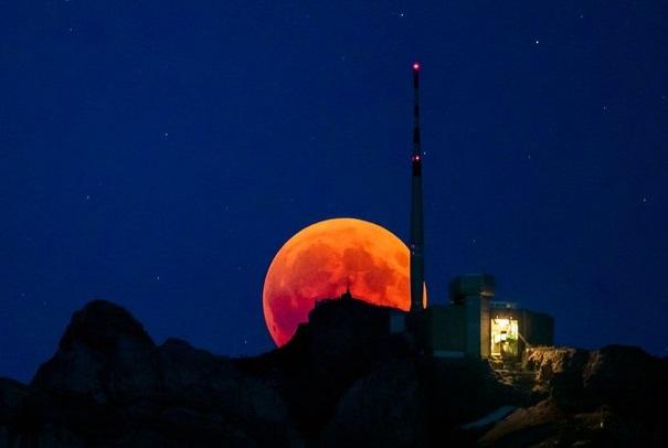 جزئیات ماه گرفتگی دوشنبه/ تهرانی ها ۹ دقیقه خسوف می بینند