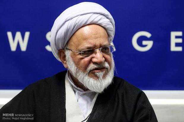 توصیه رهبرانقلاب به جامعه روحانیت/تذکر هیات نظارت مجمع به دولت