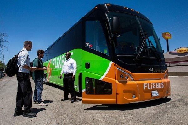اتوبوس های بین شهری به هدست واقعیت مجازی مجهز می شوند