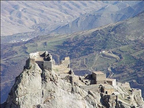 دژ بابک یادگار خرمدین در آذربایجان شرقی