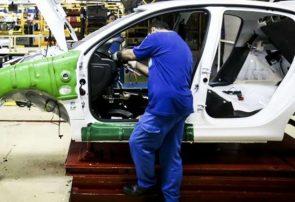 در شرایط فعلی عرضه سهام خودروسازان حیف و میل کردن بیت المال است