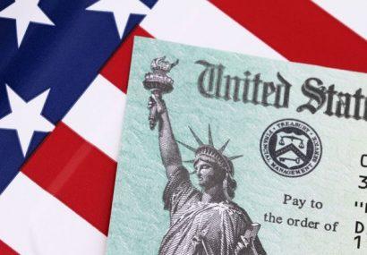 روسیه به فروش اوراق قرضه آمریکا ادامه میدهد