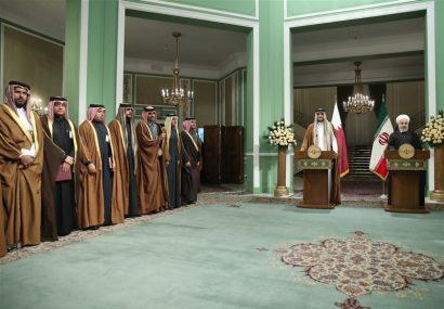 امیر قطر: راهحل مشکلات منطقه گفتوگوست