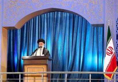 رهبر انقلاب: حمله موشکی به پایگاه آمریکا از ایام الله است / دشمن از حادثه تلخ هواپیماخوشحال شد