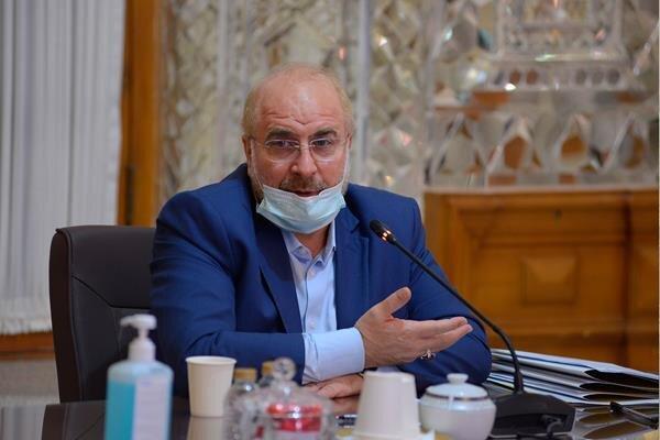 مجلس نه قیمت ارز تعیین کرده، نه سقف برای فروش نفت