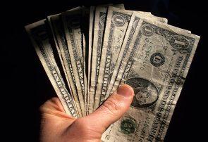آیا واقعا دولت دلار را گران کرد؟